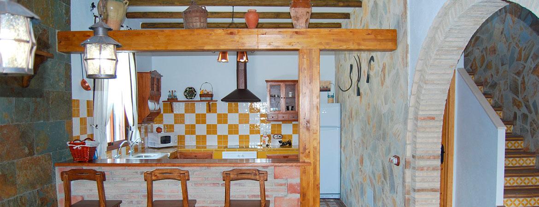 cocina3-casa-cortijo-turismo-rural-cabra-subbetica-cordoba-andalucia-espana-spain-2